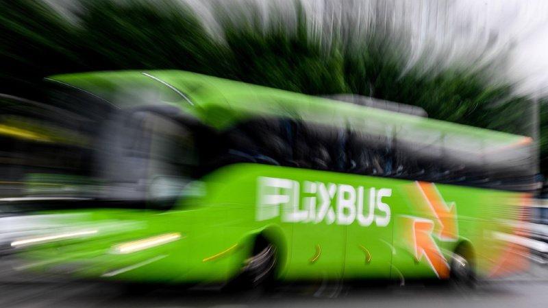 France: un Flixbus reliant Paris à Londres se renverse sur l'autoroute, 33 blessés