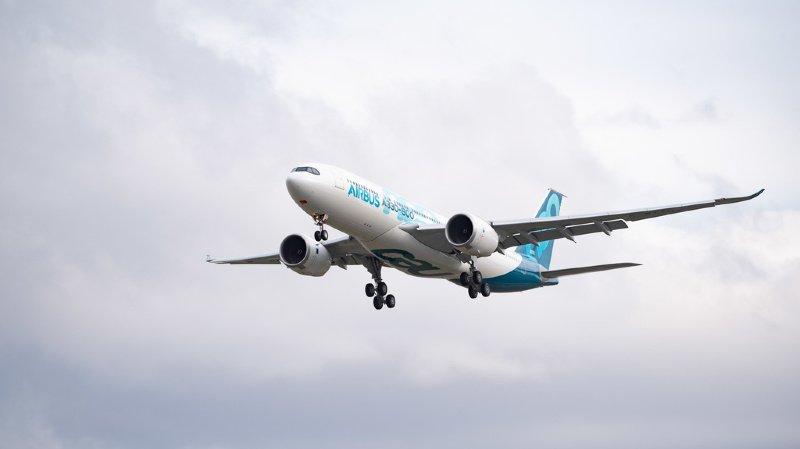 France: un Airbus perd une pièce en plein vol, retrouvée dans un jardin près de Toulouse