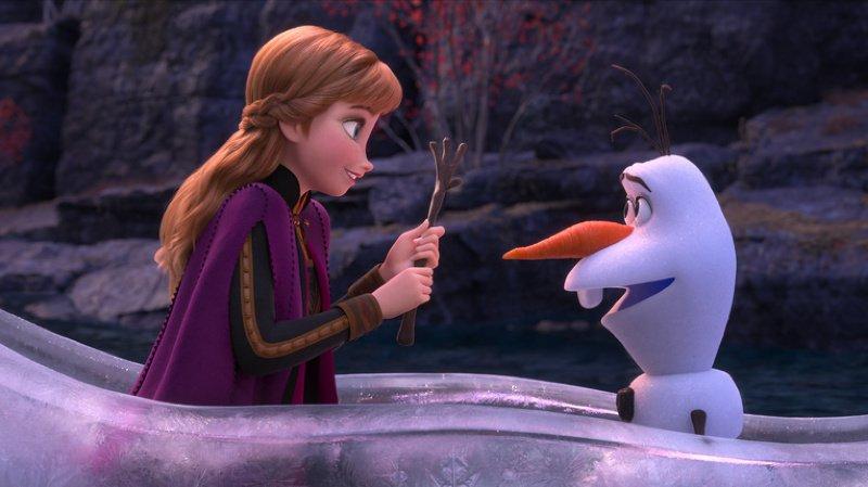 """""""Frozen 2"""" raconte l'histoire de la famille royale d'Arendelle et répond aux interrogations sur l'origine des étonnants pouvoirs d'Elsa."""