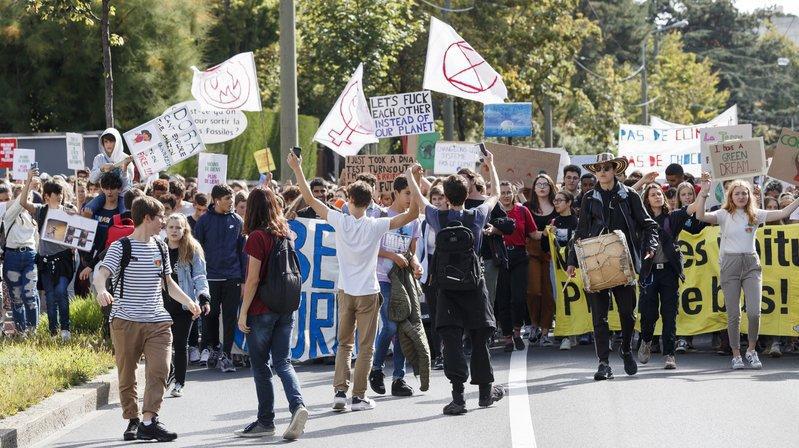 Des militants lors de la grève pour le climat de septembre, à Lausanne.
