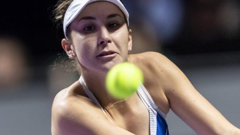 Dominée dans la première manche par Bertens, Belinda Bencic a bénéficié de l'abandon de son adversaire.