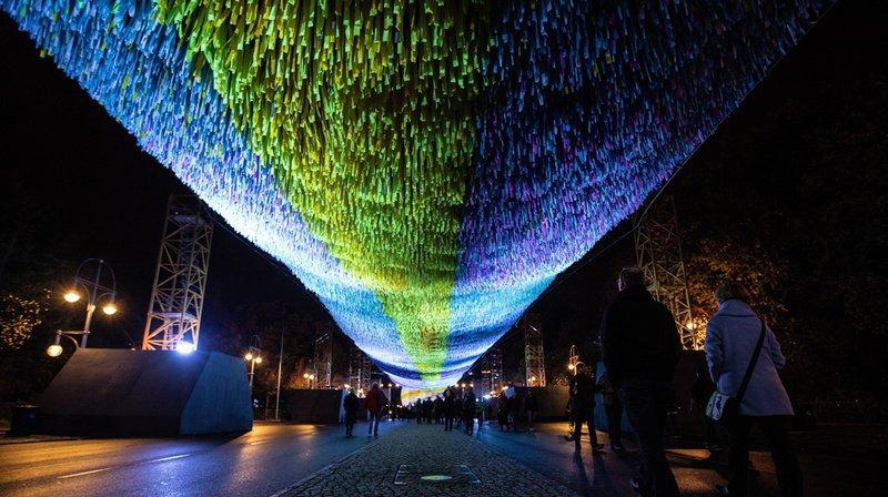 Chute du Mur de Berlin: atmosphère pesante pour le coup d'envoi des célébrations