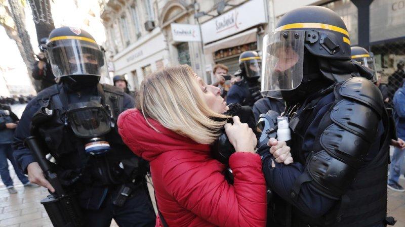 France: plusieurs centaines de «gilets jaunes» défilent à Montpellier