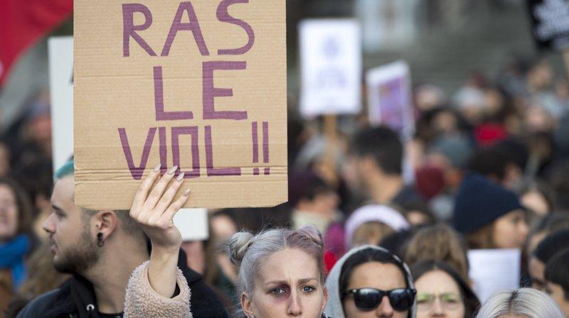 A travers le monde, de nombreuses manifestations contre les violences sexuelles ont eu lieu le samedi 23 novembre.