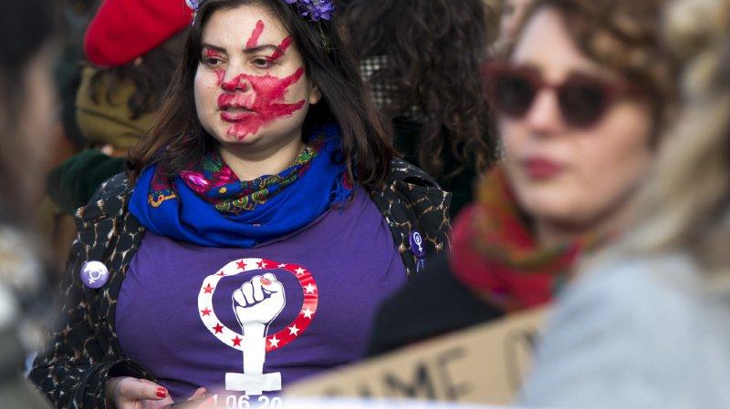 Violences faites aux femmes: 2000 personnes dans les rues de Lausanne