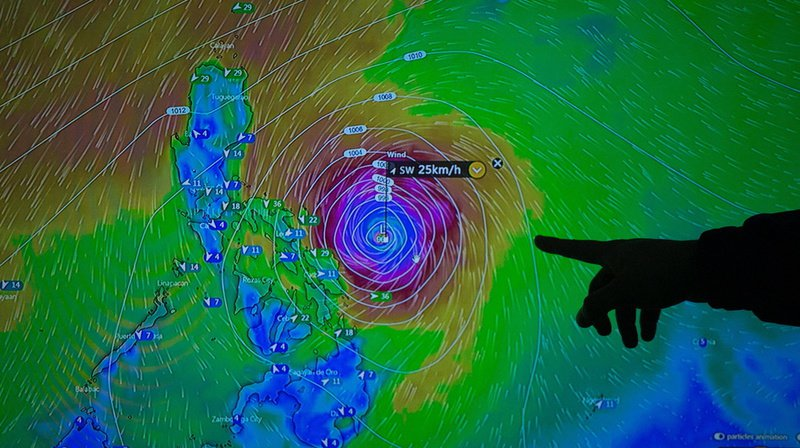 Le typhon devrait générer d'intenses précipitations et des rafales de vent très fortes.