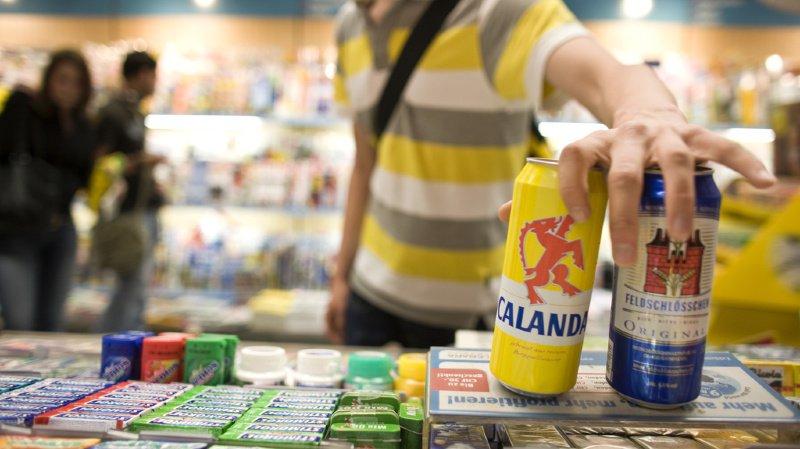 Les comportements en matière d'alcool varient de manière importante selon le genre et l'âge.