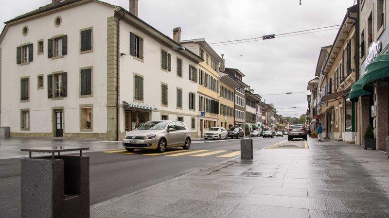 A Rolle, il est question d'installer seize caméras de vidéosurveillance dans la Grand-Rue, mais le projet ne va pas se concrétiser dans l'immédiat.