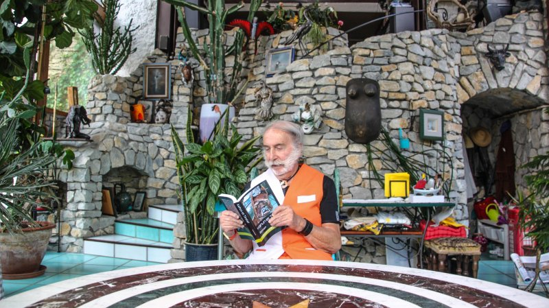 Dédicace de livre lors du Marché de Noël