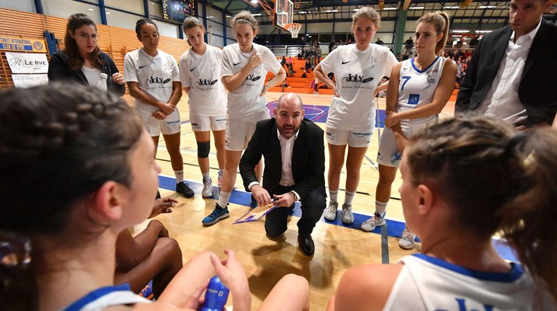 Le Nyon Basket Féminin enchaîne et fesse Riva Basket