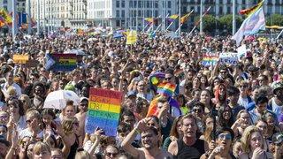 Genève: l'Eglise protestante bénira les couples de même sexe