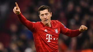 Football – Ligue des Champions: Bayern, Juve, PSG qualifiés, le Real écrase Galatasaray et Manchester concède le nul
