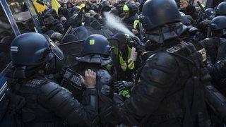 France: le premier anniversaire des «gilets jaunes» marqué par la violence