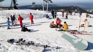 Genève: les camps de ski ont-ils une valeur pédagogique?
