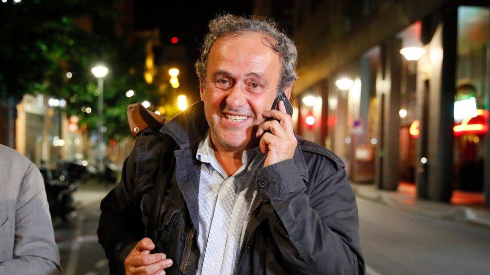 Michel Platini se laisse le temps de la réflexion avant de décider s'il s'engage à nouveau dans le football.