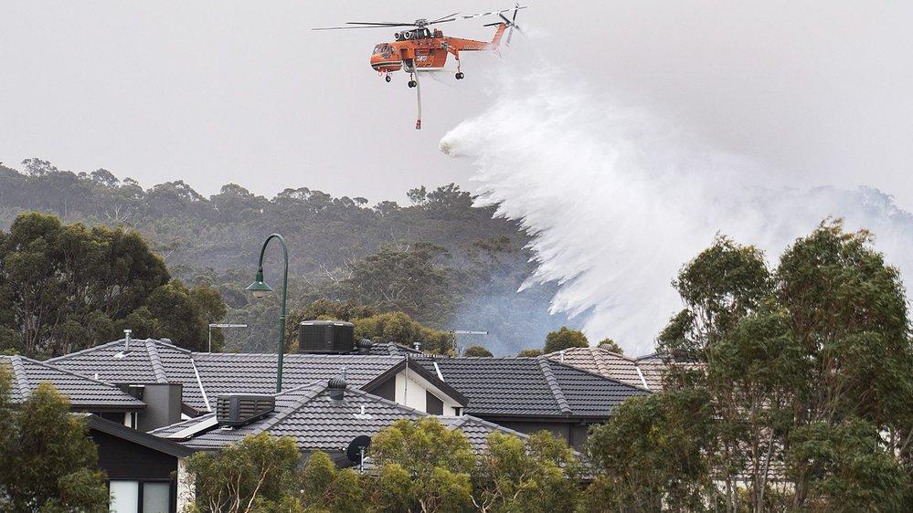 Les feux se rapprochent de Melbourne