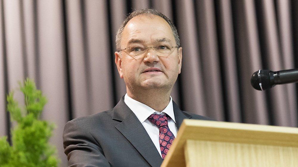 Yves Ravenel a démissionné lundi de sa fonction de député au Grand Conseil vaudois.