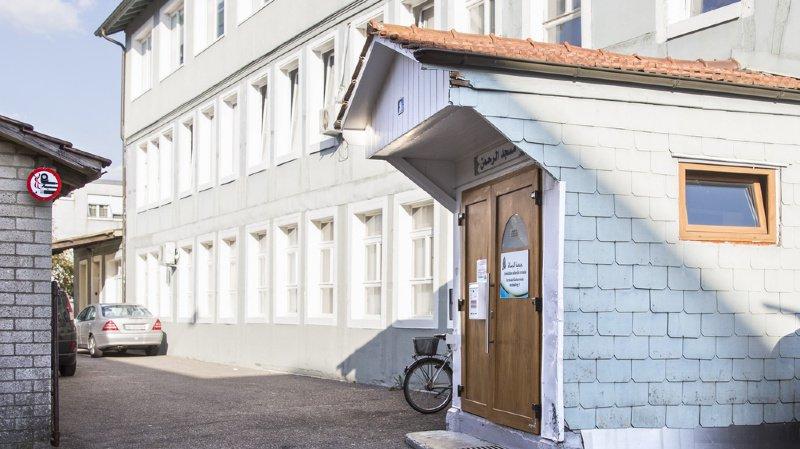 Soupçons de fraude à l'aide sociale: Berne enquête sur un imam biennois