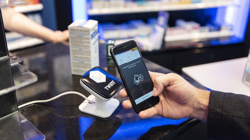 Il est notamment possible d'effectuer des transactions aux caisses avec l'application. (Illustration)