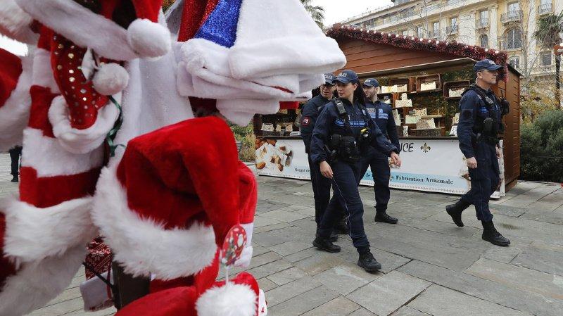 Le marché de Noël avait été passé au peigne fin par les équipes de déminage avant de rouvrir deux heures après son évacuation. (illustration)