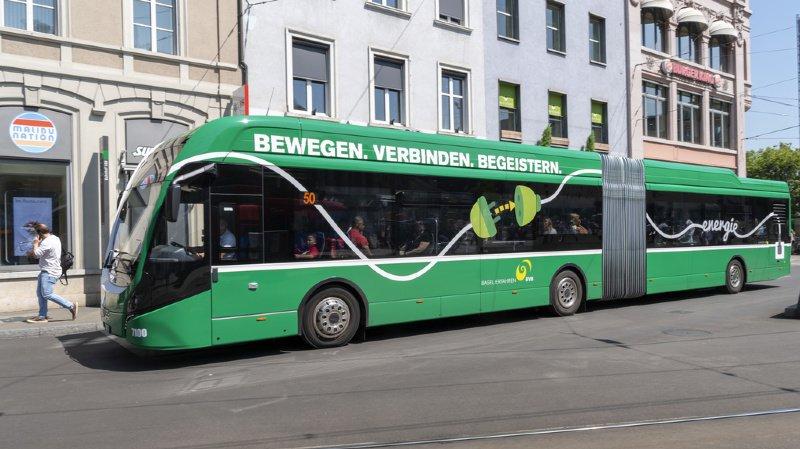 Bâle: une cycliste a été tuée dans une collision avec un bus
