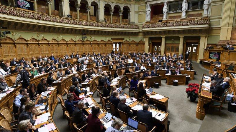 Berne: le Parlement fédéral s'est légèrement académisé cette année