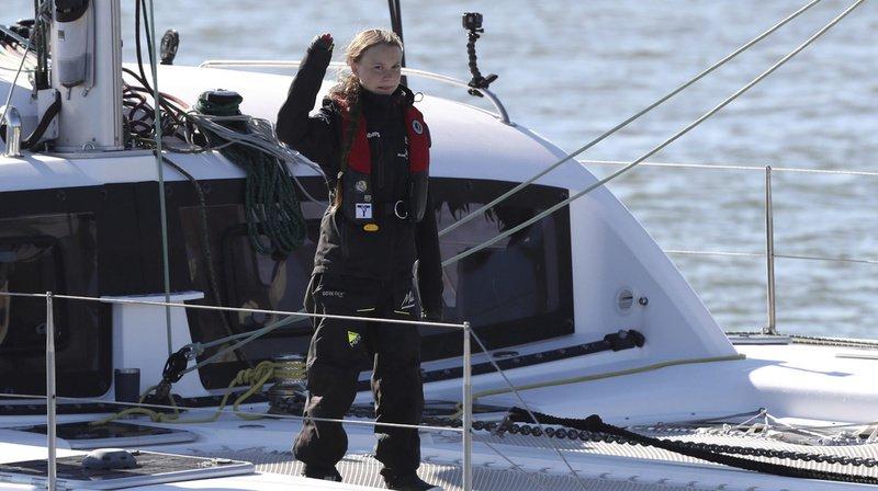 Climat: après 20 jours en mer, Greta Thunberg accoste à Lisbonne pour se rendre à la COP25