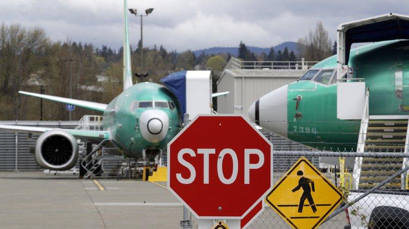 Transport aérien: Boeing suspendra la production du 737 MAX, cloué au sol depuis neuf mois