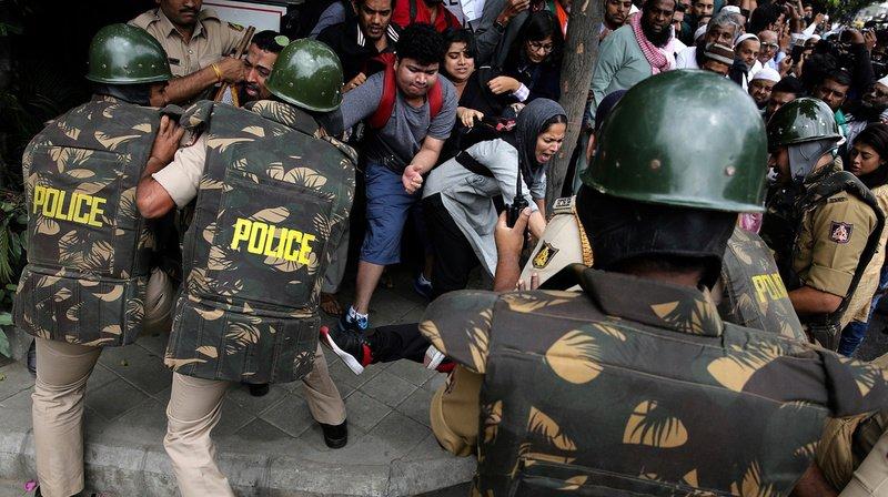 Quatre manifestants ont succombé après avoir été blessés par balles vendredi lors d'affrontements avec la police.