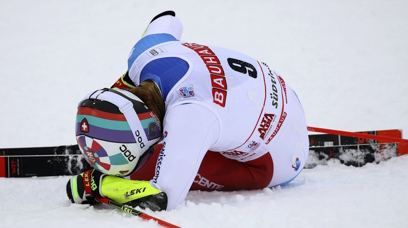 Ski alpin: Marco Odermatt s'est blessé au genou