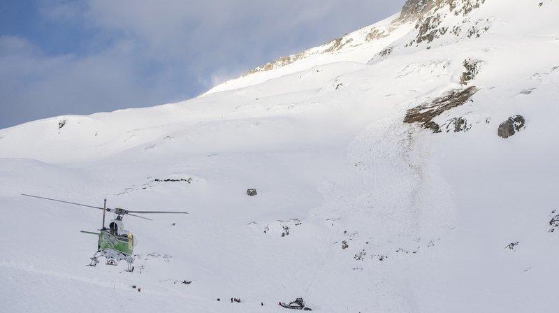 Avalanche sur une piste de ski à Andermatt: 6 personnes emportées, dont 2 blessés légers