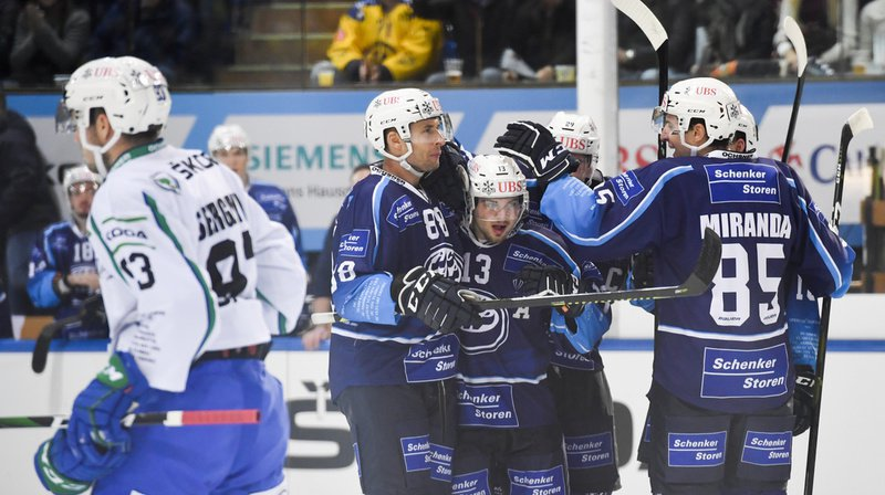 Hockey – Coupe Spengler: Ambri-Piotta réussit sa première, le Team Canada brille