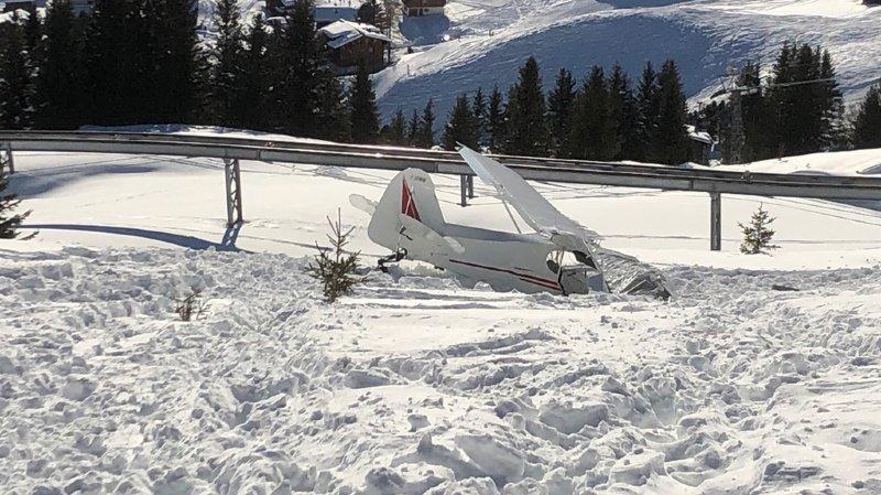 L'avion s'est écrasé non loin de la station de Tschuggen, aux abords des pistes de ski.