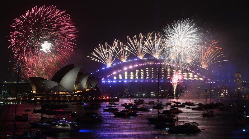 Sydney a lancé le coup d'envoi des célébrations du Nouvel An avec un feu d'artifice géant. (illustration)