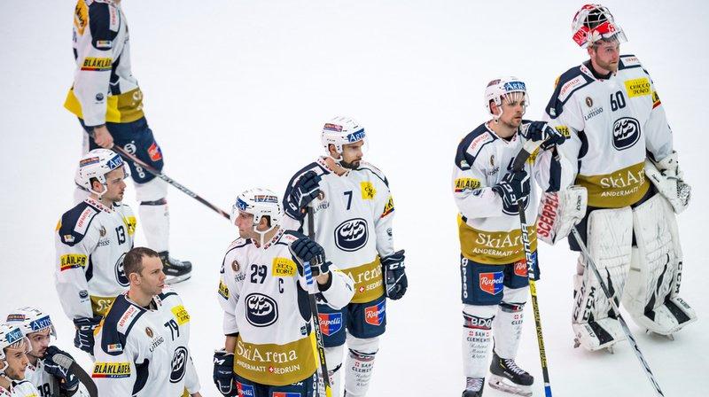 Déception des joueurs tessinois, lors de la rencontre du championnat suisse contre Lausanne Hockey Club. Ils ont perdu 5-1.