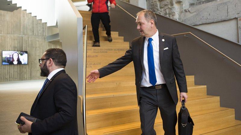 Vaud: Yves Ravenel, président du Grand Conseil condamné, hésite à démissionner