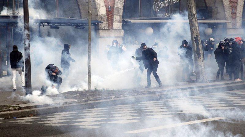 Après 38 jours de grève et de manifestations, parfois violentes, le gouvernement français a fini par faire des concessions.