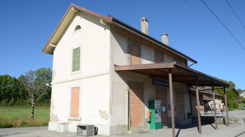 Elus au front pour sauver la gare de Pampigny