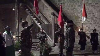 Armée: Passage de drapeau de Rebord à Süssli, au Château de Chillon
