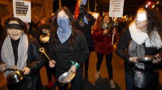 Manifestants à Genève en soutien aux défilés latino-américains
