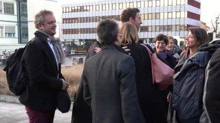 Douze militants pro-climat devant la justice