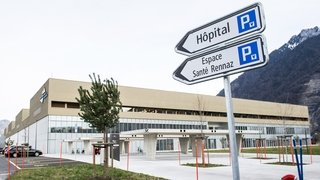 Hôpital Riviera-Chablais: l'ancien directeur du CHUV à la rescousse