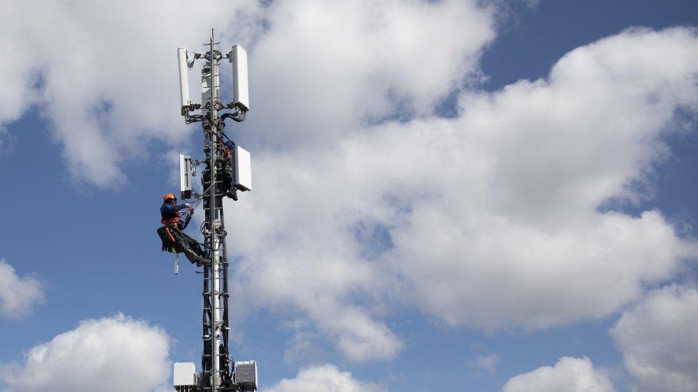 En Suisse alémanique, la résistance à la technologie 5G est moindre qu'en Suisse romande (ici une antenne à Berne).