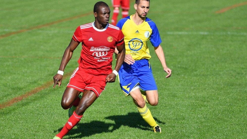 Amadou Sow (en rouge) est de retour au Chêne à Aubonne.