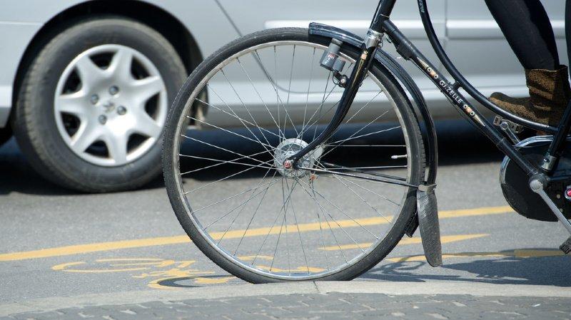 Accident de la route: un cycliste tombe de son vélo et finit en prison