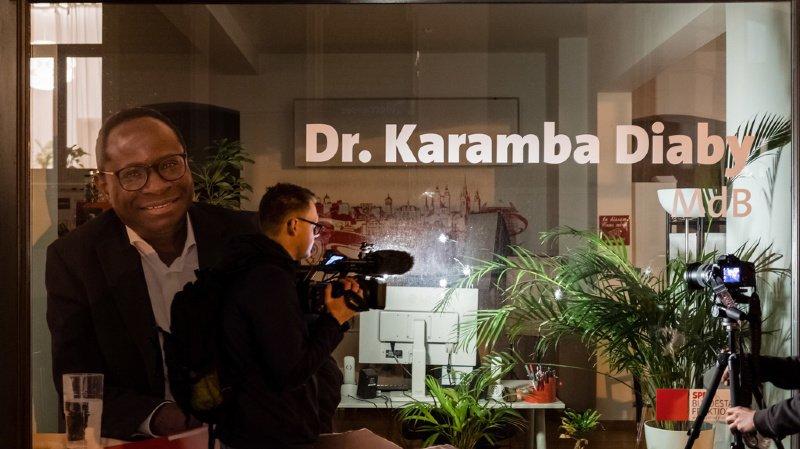 Karamba Diaby est le premier député noir d'Allemagne élu dans une circonscription d'ex-RDA
