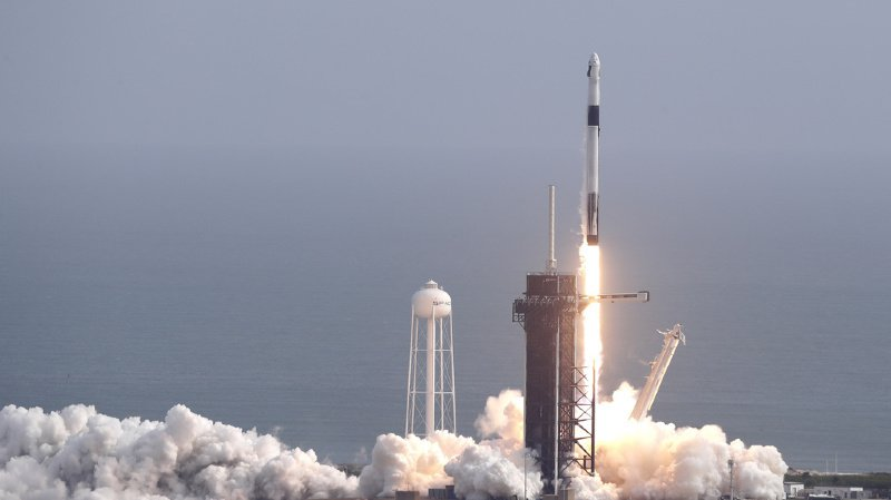 Espace: ultime test réussi pour SpaceX, avant le lancement d'astronautes