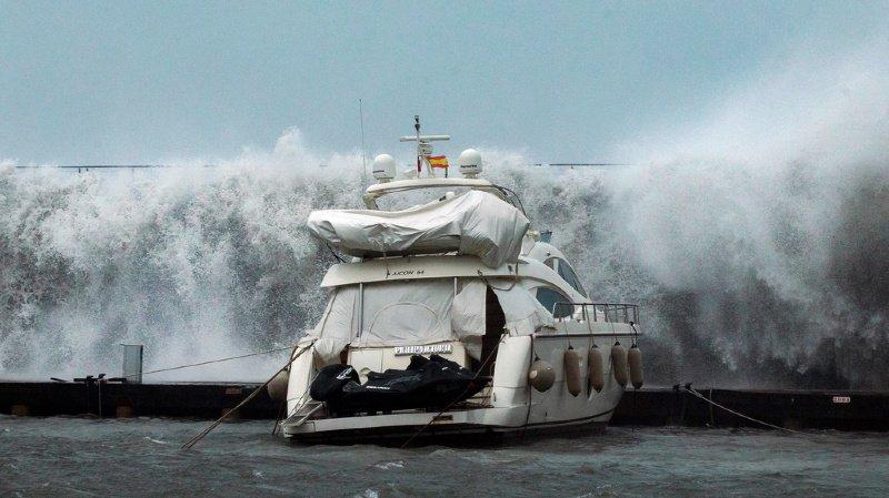 Espagne: le bilan de la tempête Gloria monte à sept morts et pourrait s'alourdir