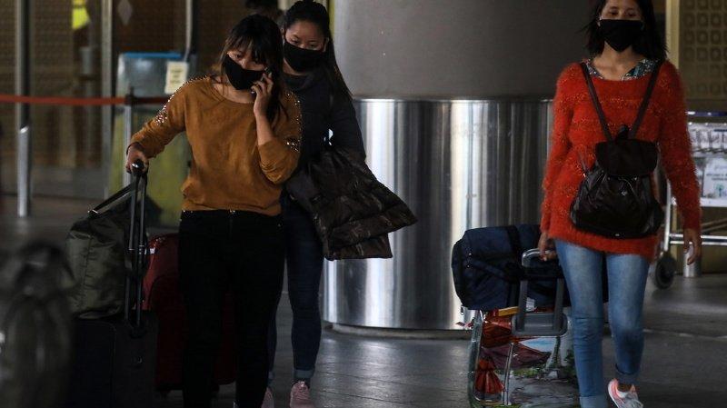 Coronavirus: cinq Suisses ont été rapatriés avec une personne atteinte