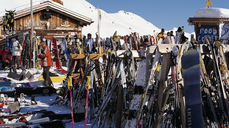 Davos, prisée par les voleurs de skis, Zermatt (VS) et Arosa (GR) complètent le podium